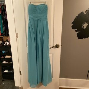 Classy, blue long dress